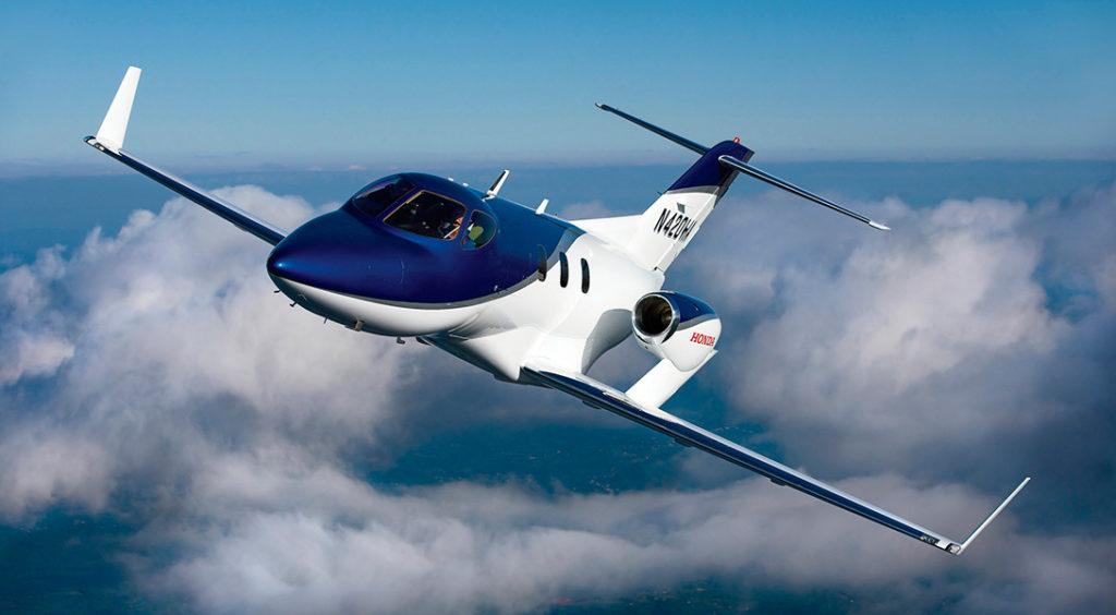Небольшие, легкие, даже можно сказать, миниатюрные, и в тоже время комфортабельные — вот как можно охарактеризовать самолеты малой авиации.